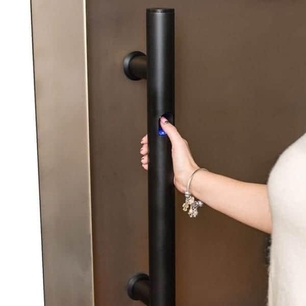 Дверная ручка-скоба VITRUM-ESSENCE со встроенным сканером отпечатка пальца для стеклянных дверей